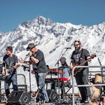 Needle & Salt – Band 3